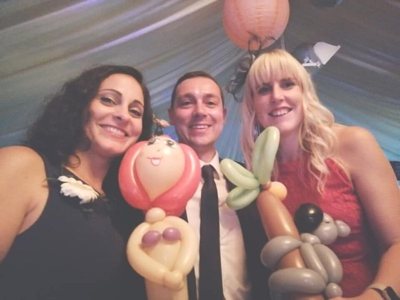 Wedding balloons with magician
